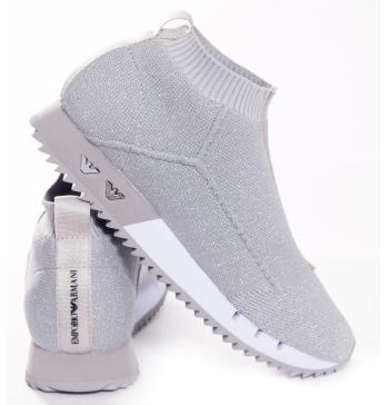 82d92df9 Купить женские кроссовки ARMANI от 9 900 рублей!