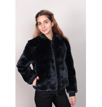 ff87082740ce Купить женские куртки ARMANI и TRUSSARDI от 18400р!